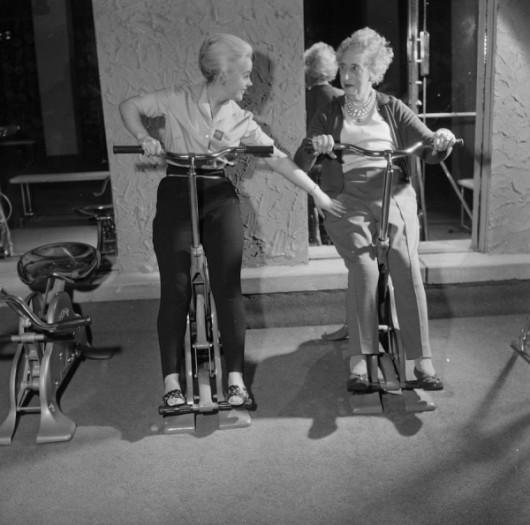 ladies-doing-sport