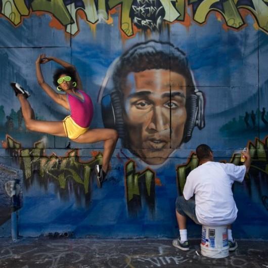 Профессиональные-танцоры-на-фоне-Нью-Йорка-16-600x600