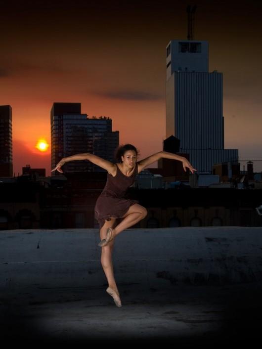 Профессиональные-танцоры-на-фоне-Нью-Йорка-44-600x800