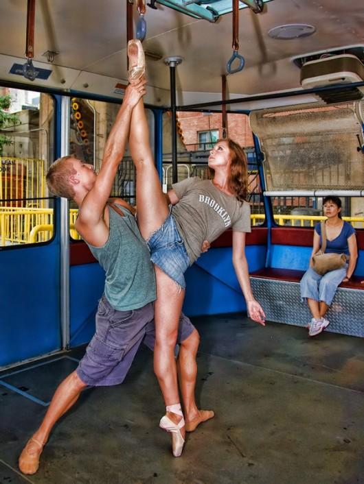 Профессиональные-танцоры-на-фоне-Нью-Йорка-49