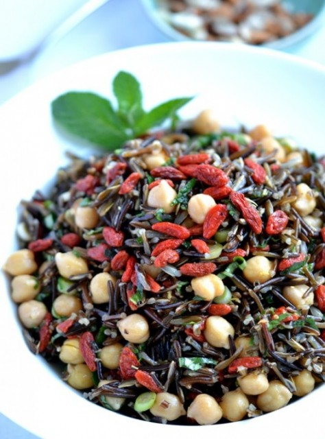 Goji Berry Wild Rice Salad