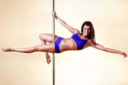 Train For Pole Dancing Without a Pole With These 15 Exercises