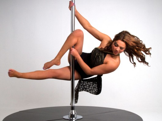 Hook and Roll Pole Moves