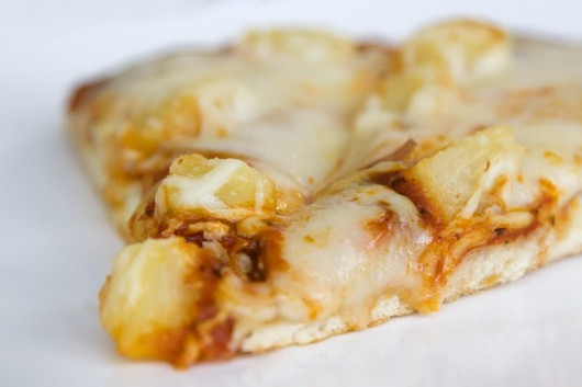 Light Turkey Pizza