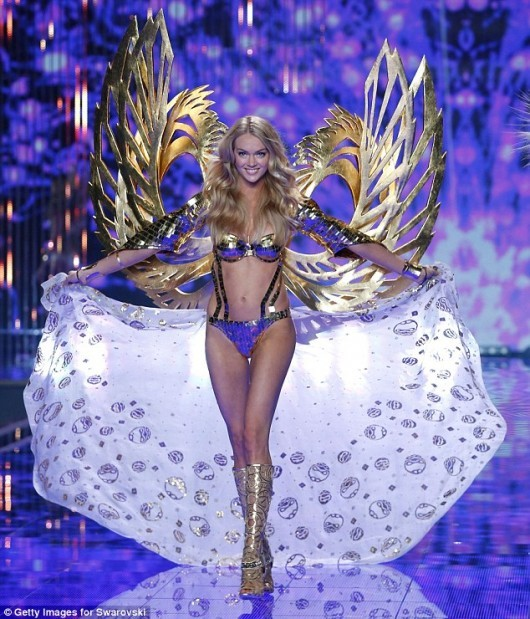 Victoria's Secret Workout: The Lindsay Ellingson Legs Workout