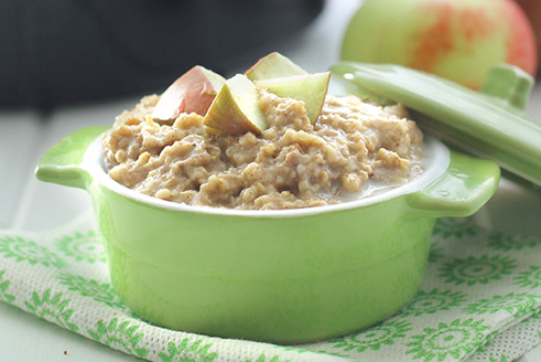 Slow Cooker Apple Pie Steel-Cut Oatmeal