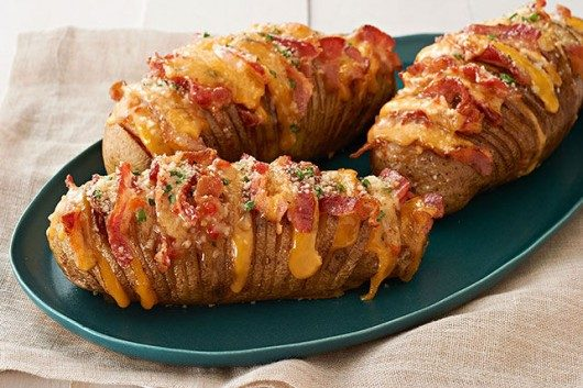Quick and Delicious Hasselback Potato. Easy-to-Follow Video Recipe