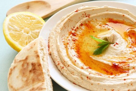 Homemade Hummus. Easy Video Recipe of a Healthy Dip