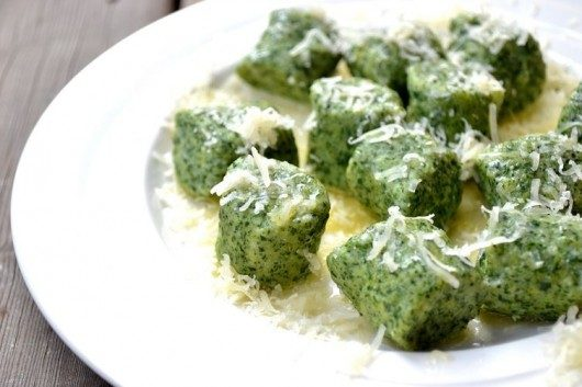 Spinach and Ricotta Gnocchi. Quick and Easy Video Recipe