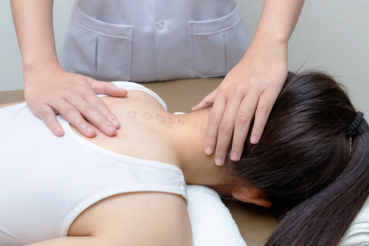 When to See a Chiropractor: 5 Signs You Should Visit a Chiropractor