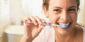 Best Ways to Whiten Teeth that Won't Drain Your Purse